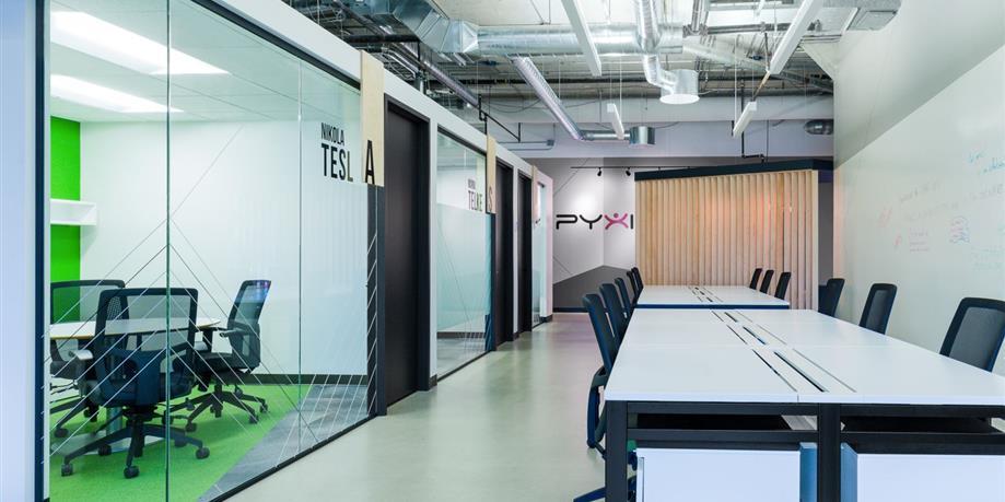 Les bureaux collaboratifs de pyxis par liaison concept index design ca