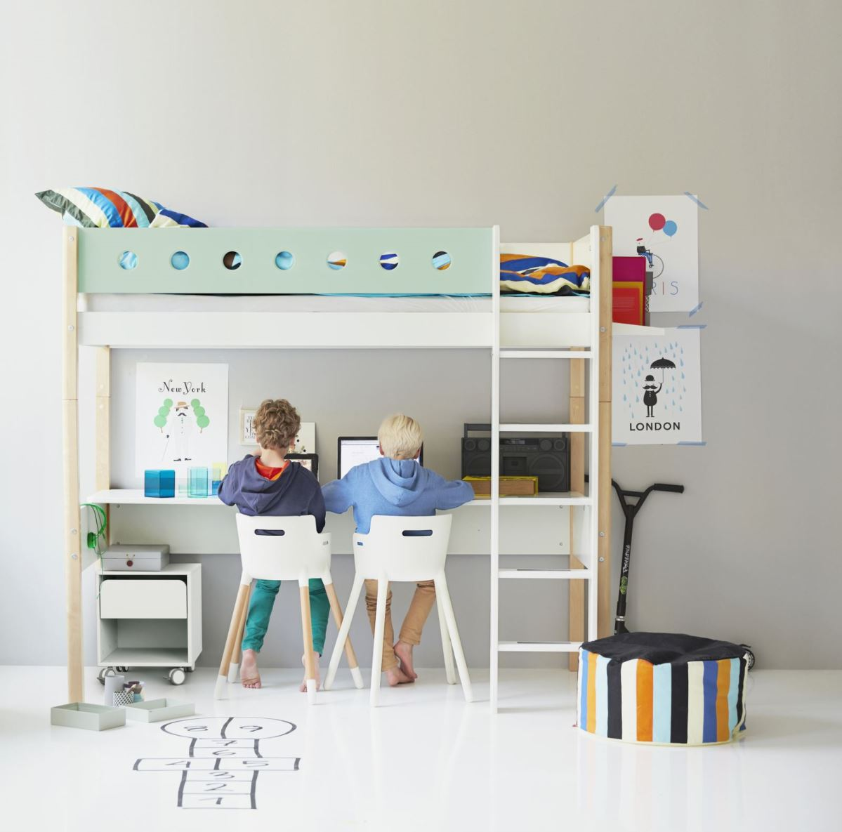 Chambre scandinave bebe for Mobilier enfant